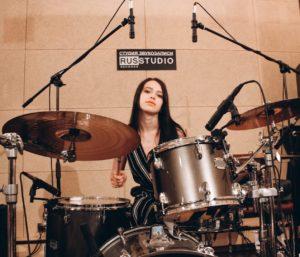 школа игры на барабанах